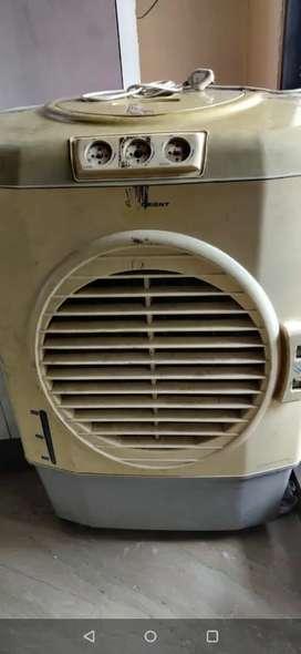 Orient cooler
