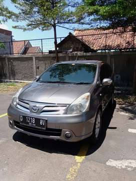 Jual Nissan Grand Livina Th. 2013