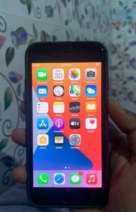 I phone 7 black good Condition