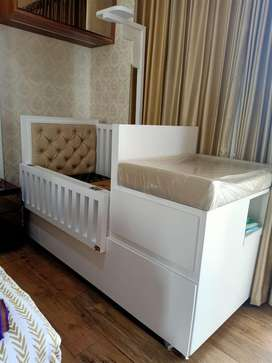 Tempat tidur bayi ( Baby Box)