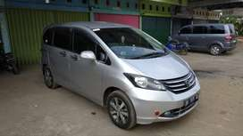 Honda Freed 1.5E - AT TAHUN 2010