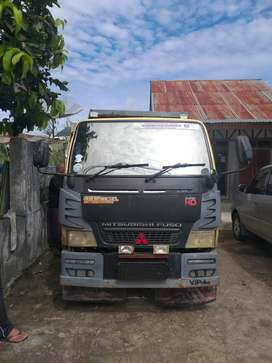 Dijual Mitsubishi Canter dump truk