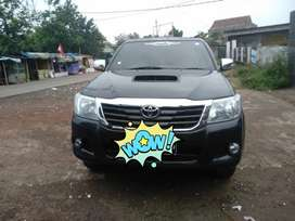 Hilux double cabin 4x4 manual 2012