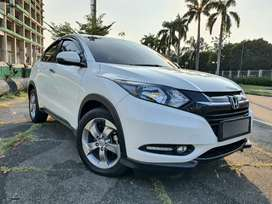 HRV E Nik 2017 PUTIH TV FLOATING FACELIFT KM 27000