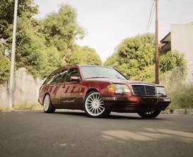 Mercedes Benz S124 320TE Wagon 1995  in TOP CONDITION