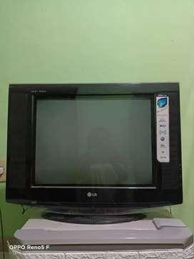 Televisi LG ultra slim pearl black