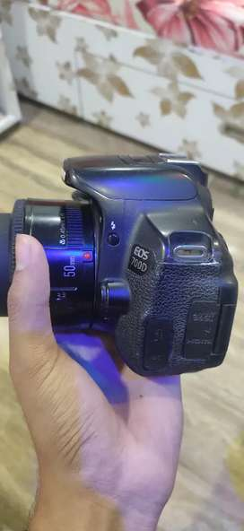 Canon 700d dslr camera with 50mm lens