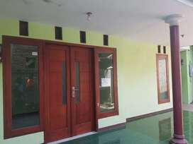 Disewakan Rumah dekat Bandara Abdul Rahman Saleh