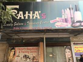 Faha Beauty Parlor For Sell in North Karachi