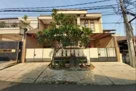 Rumah Hadap Timur dengan Luas Tanah 165m di Kavling AL Duren Sawit