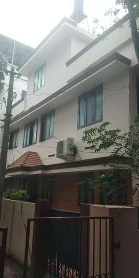2BHK House at Ambalamukku for rent