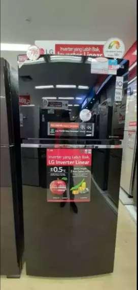 Kulkas 2 pintu LG glass door black steel 506lt