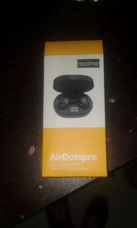 REALME AIRPODS FOR SALE