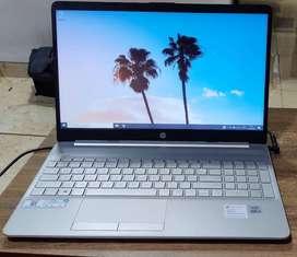 HP Laptop at 4,000 Discounted Price