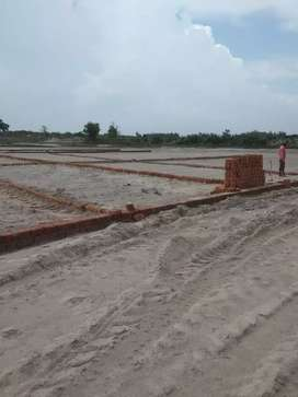 400000 me 100 sq yard plot Ganga bairaj