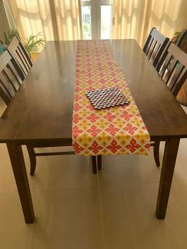 6 seater dining table from Urban ladder