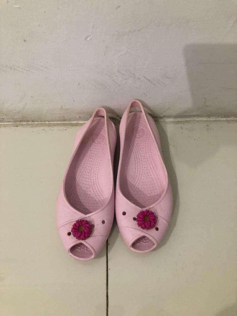 Sepatu Wanita Crocs Pink Preloved