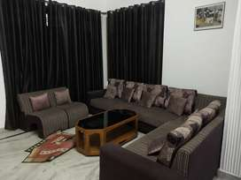 Rooms available for girls in Jankipuran