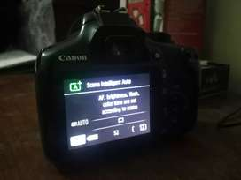 Cannon DSLR camera 1300D with total assessors