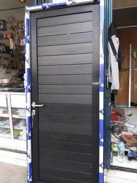 Pintu dobel panel alexindo hitam uk 210cm x 90cm lengkap hrg terpasang