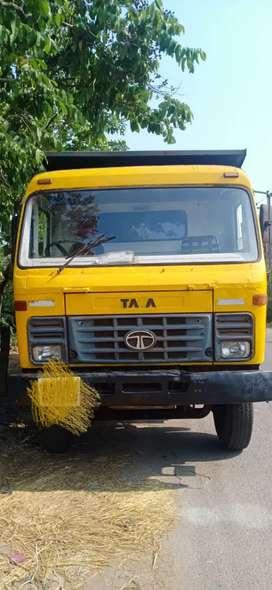 Tata 10 wheel tipper