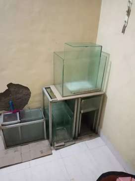Fish tank sale difference size.
