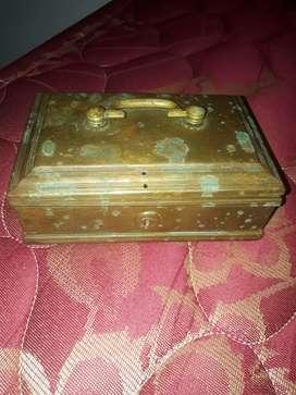Antique old vethila box