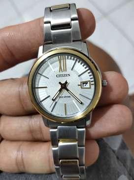 Dijual Jam Tangan Citizen Original Size D 3cm barang koleksi. Mulus