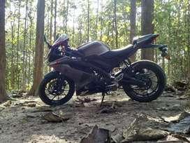 Yamaha R15V3