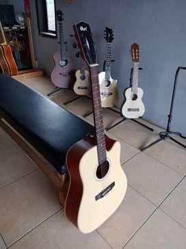 Gitar Cort Natural