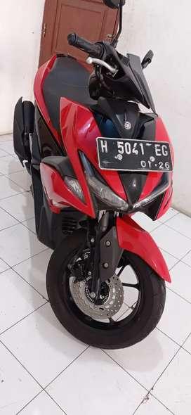 Yamaha aerox warna merah