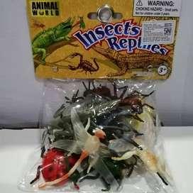mainan karet serangga lusinan