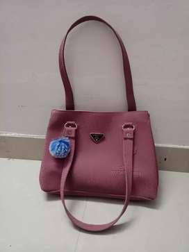 Fashionable stylish bag