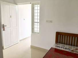 Single Rooms Attached For Gents At Edappally Near Oberonmall&Lulumall.