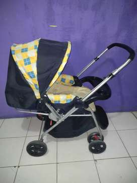 Stroller bekas siap pakai
