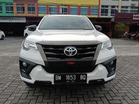 TOYOTA FORTUNER VRZ TRD 4x2 2.4 AT 2020