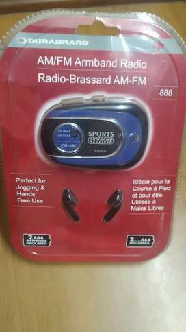 FM / AM Armband Radio