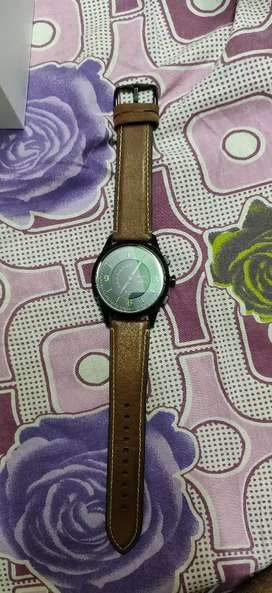 Hybrid fossil watch