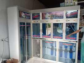 Depo air isi ulang air mineral