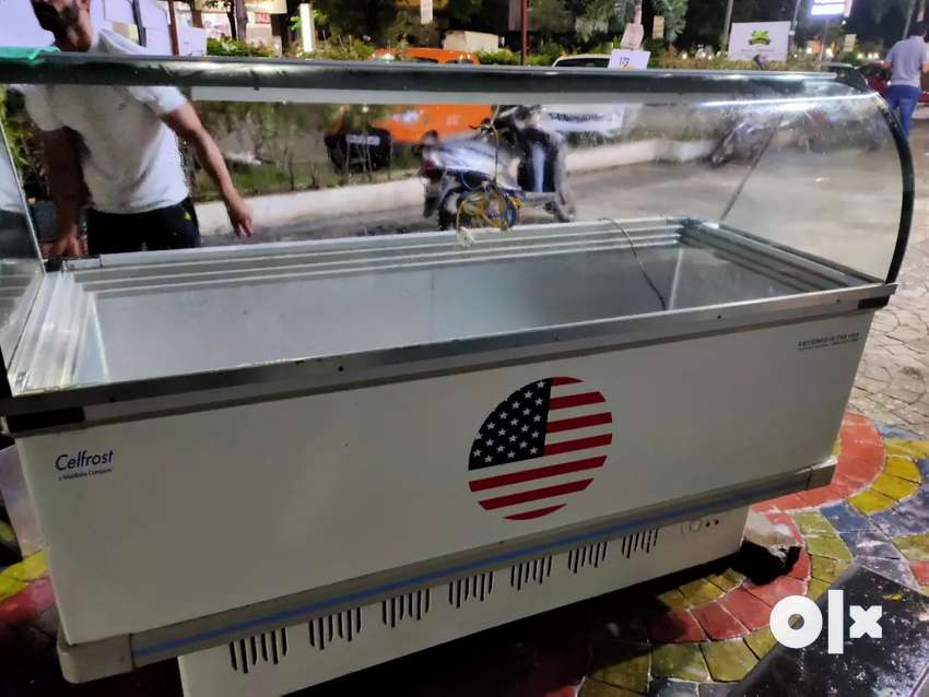 Celfrost 450 litre deep freezer