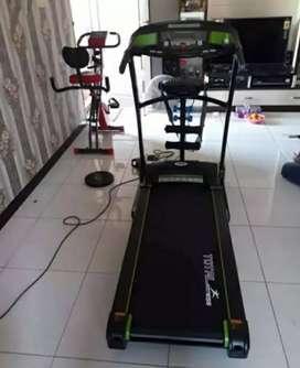Treadmill Elektrik 3 Fungsi TL 130