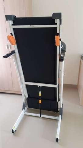 Miami M2 Motorized Treadmill - BodyTech