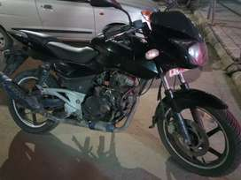 Black colour pulasur 180 bike new Tyre . With good condition