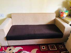 3+1+1 = 5 seater sofa in very good condition