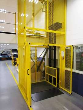 Lift barang atau passenger siap pasang