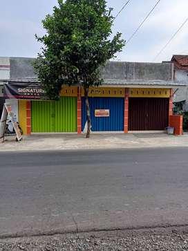 Disewakan Kios Strategis di Beji Purwokerto