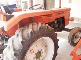 2016 model new looking well conditional tractor