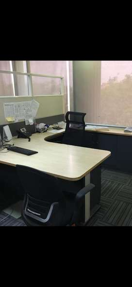Office furniture for 100 staff avaiable for sale