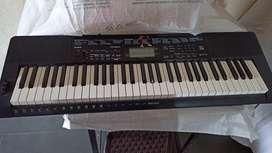 Casio piano CTK-3500