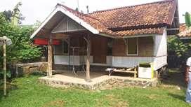 Jual Murah Villa Kayu Mungil Di Daerah Sejuk